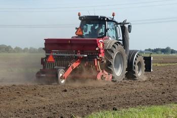 моторы и редукторы на тракторы
